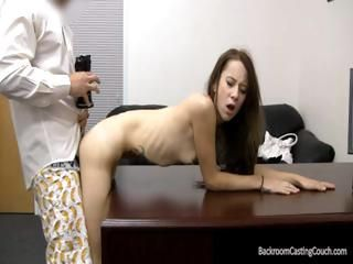 Loving vent renter with a funny dripping slit gets with his noony