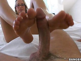 Sugary hot Ashley Jensen gets her sweet feet cummed after a nice hot footjob