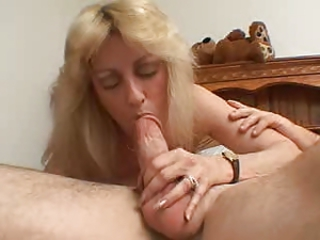 HOUSEWIFE PART 1 C5M