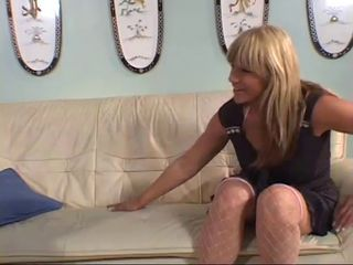 Hot Cougar Kat Kleevage Banging in Heels