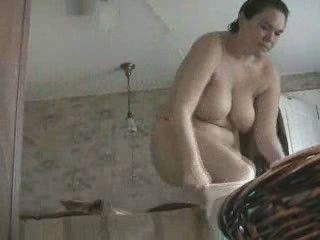 Hidden Cam Caught Mom Dressing 2