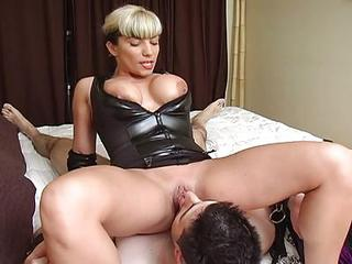 Horny Slut Torture The Bondage C...