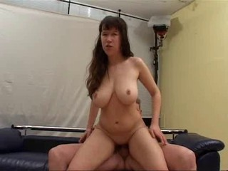 Amateur Big Tits  Natural Riding