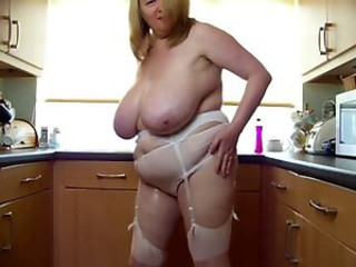 Amateur  Big Tits Kitchen Mature Mom Natural