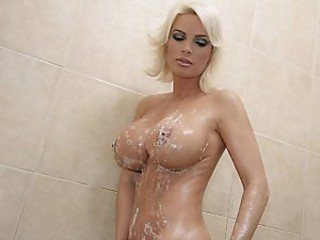 Amazing Big Tits Blonde Cute  Showers Silicone Tits