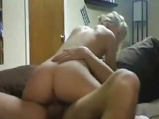 Amateur Girlfriend Homemade Riding Teen