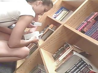 Jessica Alba Lookalike Girl In Da Bookstore