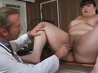 Asiatisk  Doktor Interracial