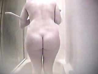 "my mom in the shower"" target=""_blank"