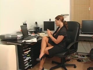 Adorable Susi German Secretary Milf