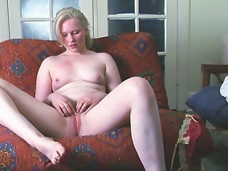 Blonde Masturbating Pussy Teen Webcam