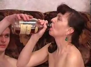 Drunken Mature MotherFucks And Sucks Her SonsDick