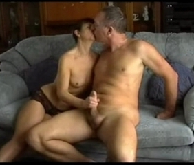 Mature Amateur Couch Play