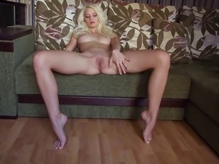 Babe Blonde Legs Pussy Shaved Teen