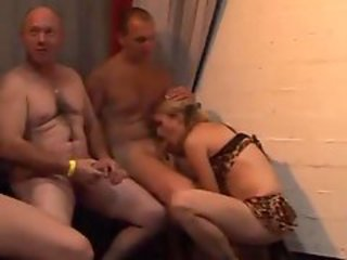 http%3A%2F%2Fxhamster.com%2Fmovies%2F2070916%2Fgerman_girl_gangbanged.html