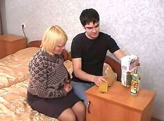 Blonde Chubby Drunk Homemade Mom Old and Young Russian