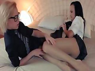 Horny Fairhair Lets Fuck By Big Strapon