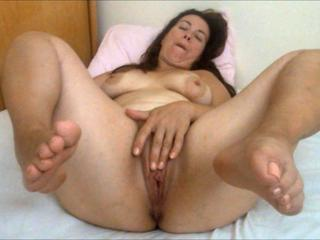 Milf Mother masturbating her fat pussy