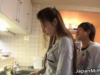 Anri Suzuki Japanese beauty gives head