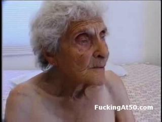 Senile wrinkled granny gives blowjob and is fucked by devian