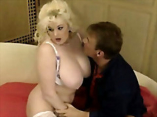 Big Tits Blonde Chubby  Natural