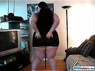 BBW Thick Babe Stripping