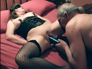 Kinky couple has fun with pussy play tubes