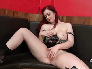 Solo redhead has the most amazing curves tubes