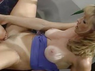 Three women into lots of lesbian licking tubes