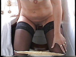 British Mature plays and gets Fucked