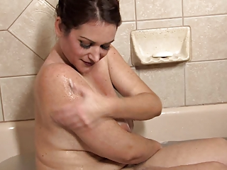 Amateur Bathroom Chubby Mature