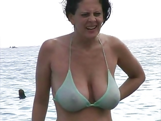 Amateur Beach Big Tits Bikini  Natural Outdoor  Wife