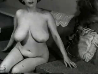 Amateur Big Tits Chubby  Natural  Vintage
