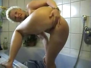 Amateur Ass Bathroom Homemade Mature