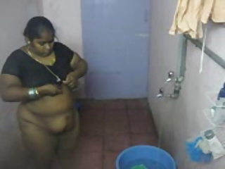 HiddenCam Indian Maid Showers Voyeur