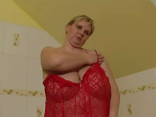 Mamas Grandes Lingerie  Natural  Stripper