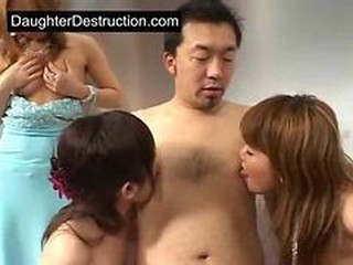 Asian Daddy Daughter Family Groupsex Japanese Old and Young Teen