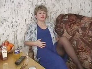 Amateur Drunk Homemade Mature Mom Pantyhose Russian
