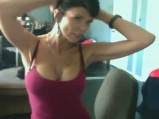 Slutty Mom Cheating on Webcam http://goo.gl/GcM5M free