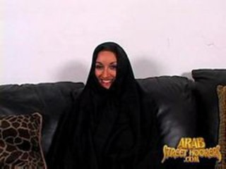Arabic Milf Persia Monir Is Shy To Smash To Make A Porn
