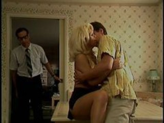 Blonde Gets Her Pussy Licked By Some Guy While Sittin...