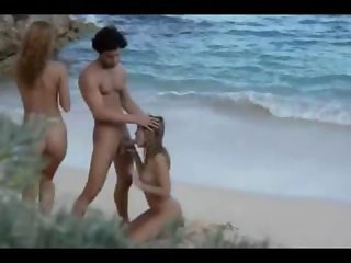 Beach Blowjob Threesome Vintage