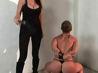 Mighty mistress punishing slavegirl