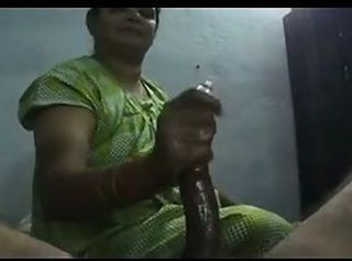 Amateur Chubby Handjob Indian