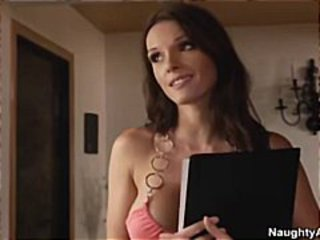 Jennifer Dark Is A Gorgeous Hot Wet Latina Who Loves Fucking Cock