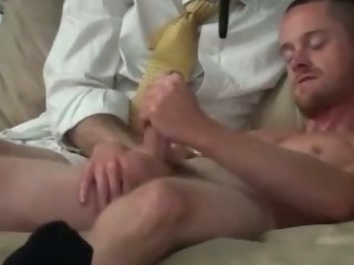 Missionary amateur cums after assfucking
