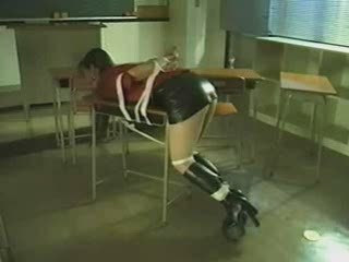 Bondage Latex School