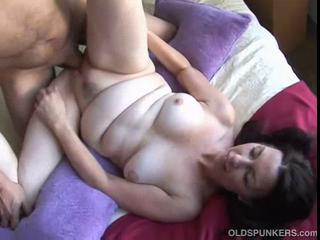 Mature amateur fucked and a facial