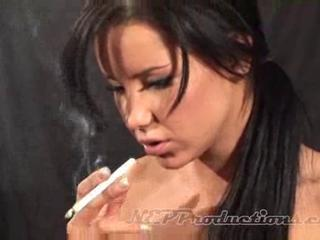 Tanner mayes - smoking fetish at dragginladies