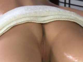 Beautiful massage client gets oral from her masseuse